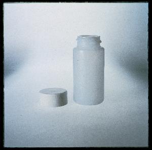 VWR® Scintillation Vials, Polyethylene, with Screw Cap