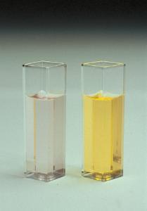 VWR® Standard Spectrophotometer Cuvettes